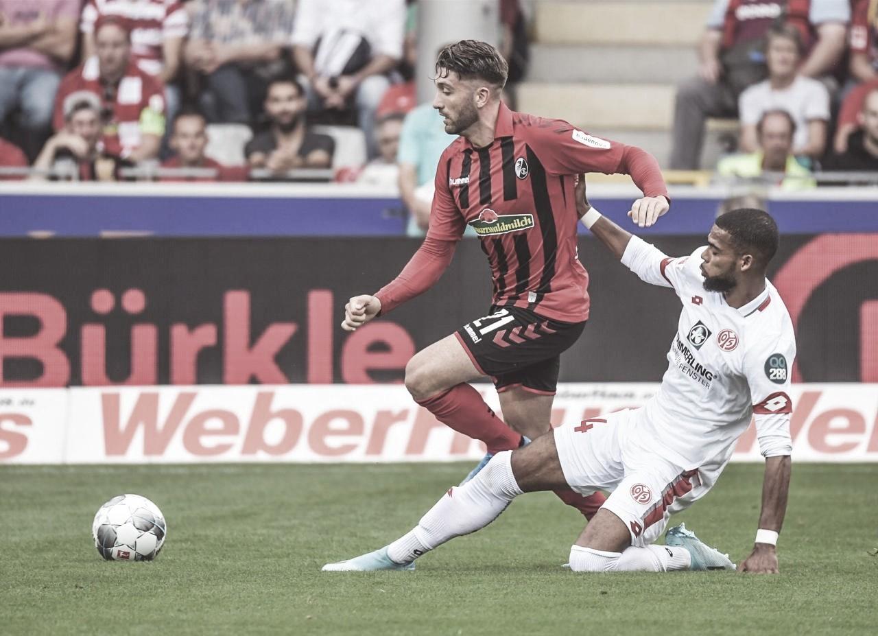 Com gols nos minutos finais, Freiburg tem vitória larga em cima do Mainz