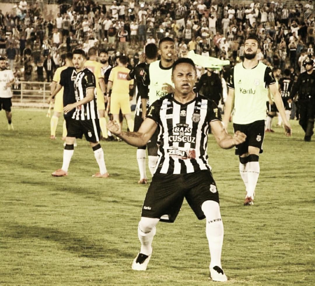 Treze empata com Botafogo-PB, evita o rebaixamento e elimina o rival da Série C