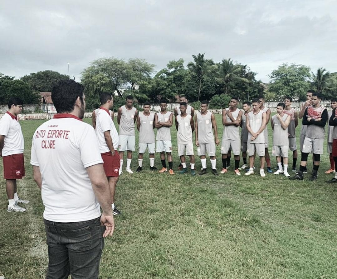 Futebol raiz: hexacampeão estadual, Auto Esporte luta para voltar à elite paraibana