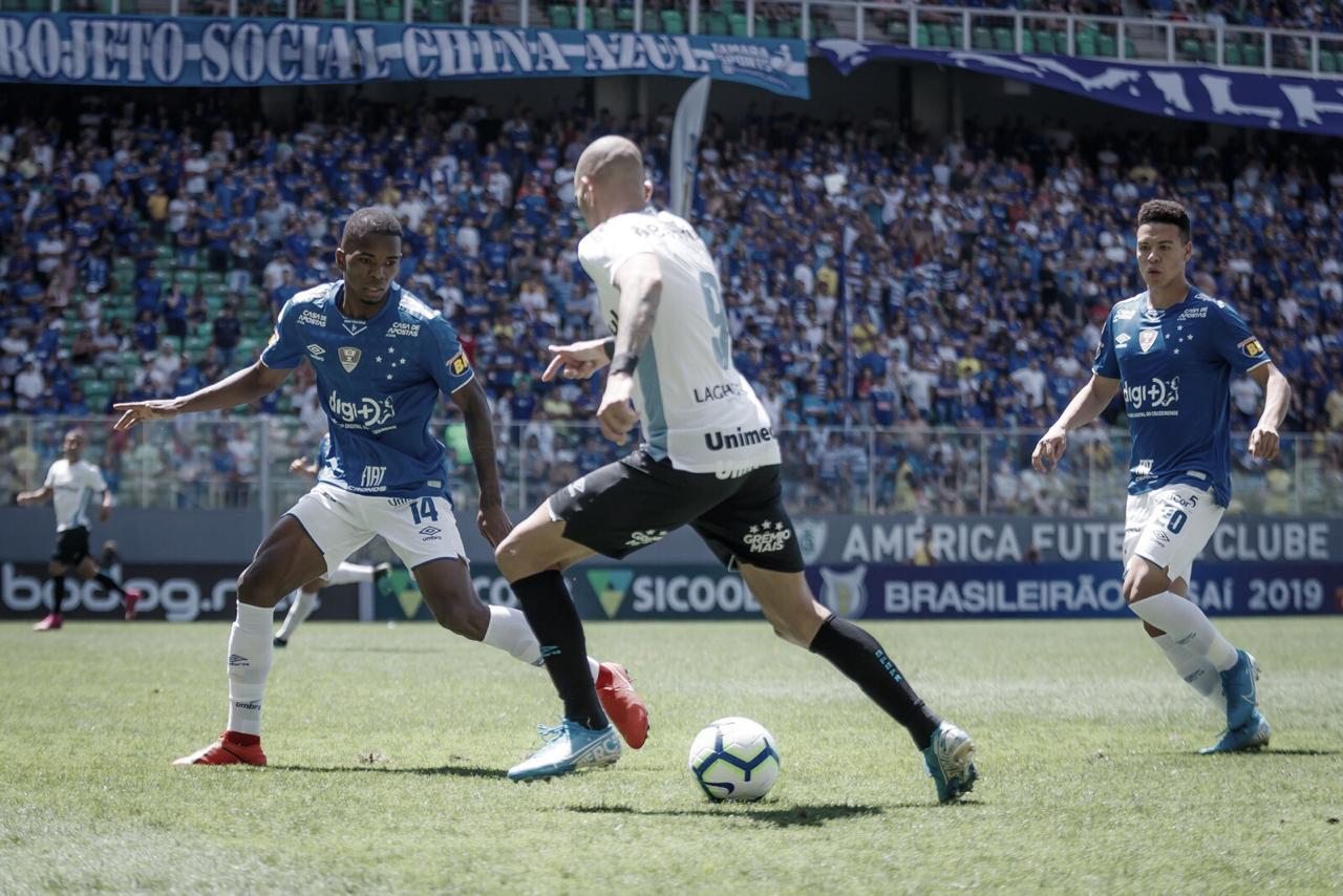 Com dois de Everton, Grêmio goleia Cruzeiro noIndependência