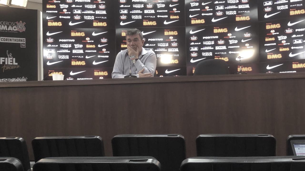 Andrés diz que Corinthians tinha acordo com a Caixa e admite atraso no pagamento