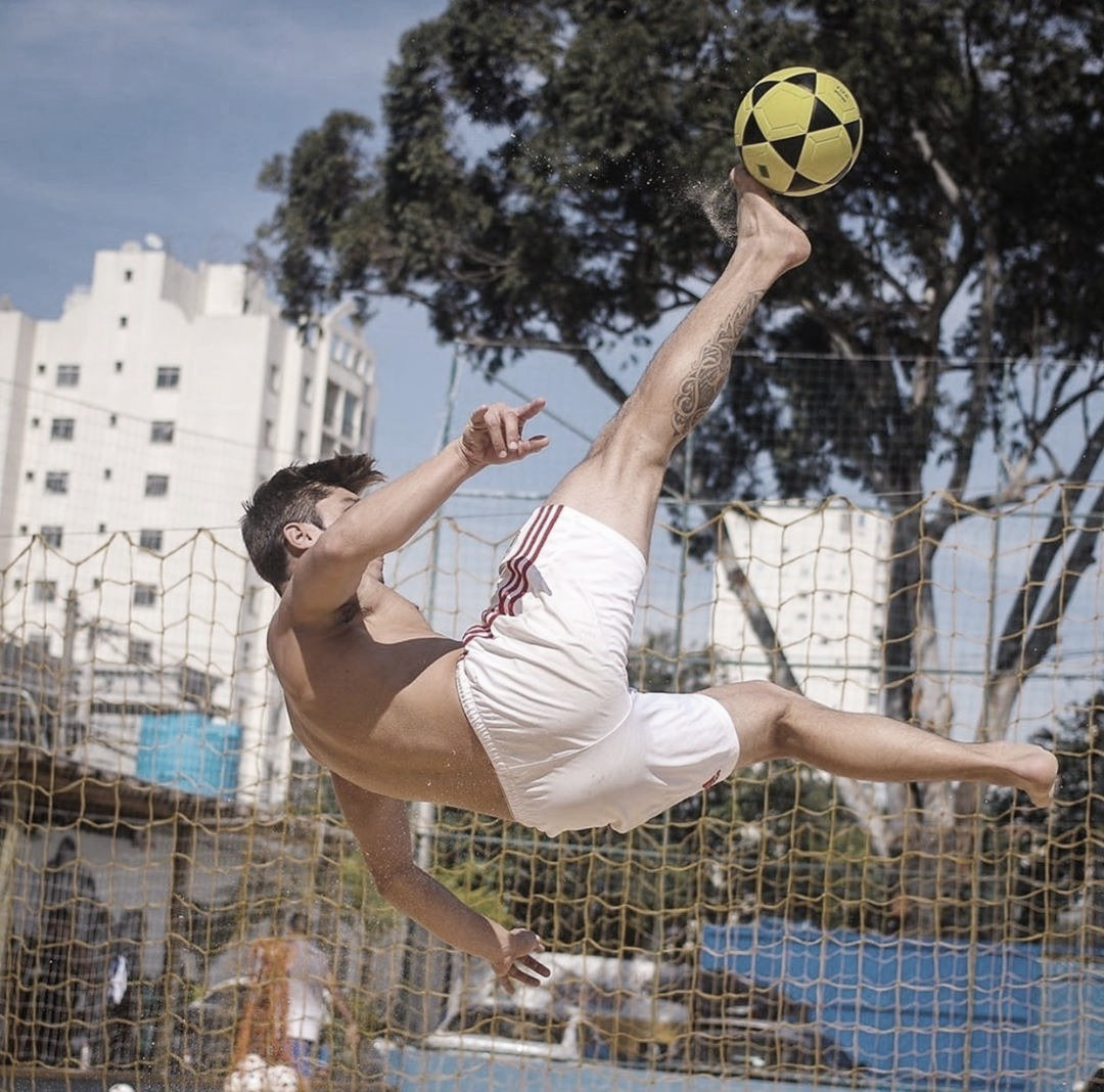 Riplay Sport lança curso online para aprender futevôlei