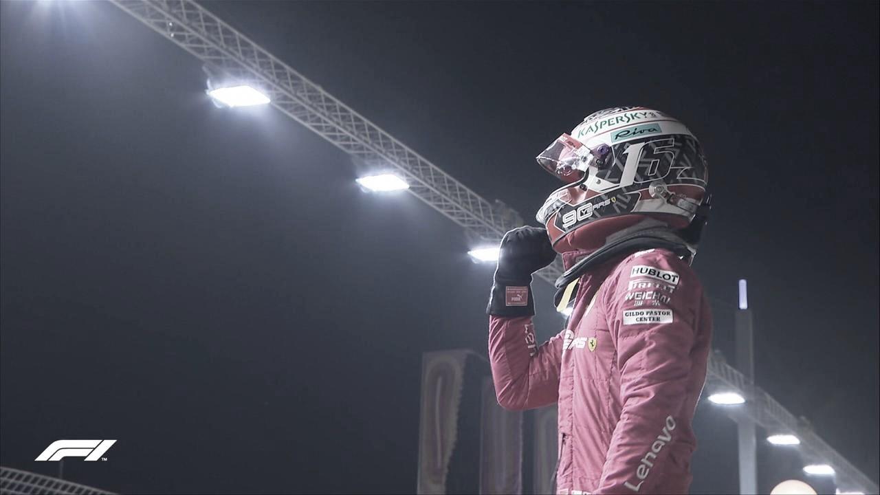 Charles Leclerc crava terceira pole consecutiva; Hamilton larga em segundo