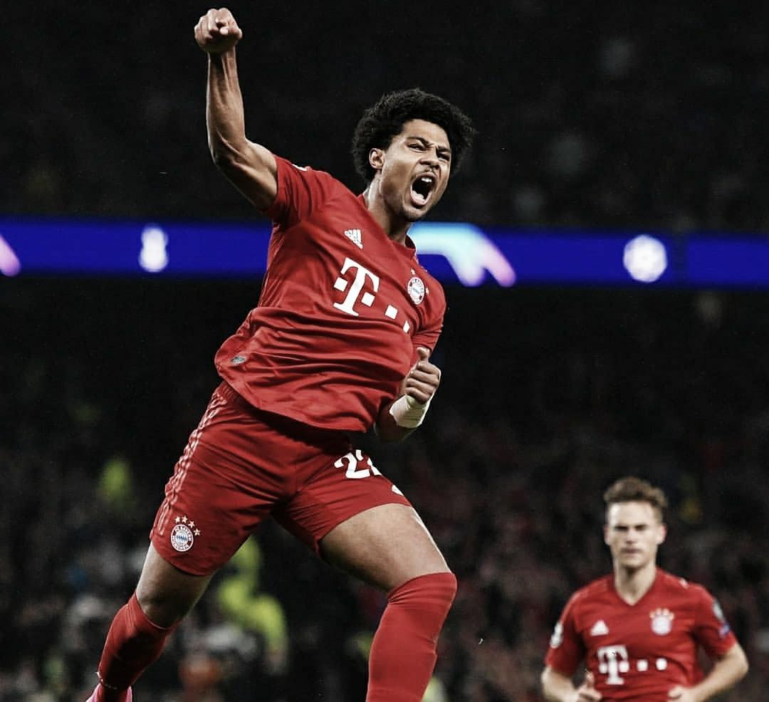 Bayern massacra Tottenham fora de casa e segue invicto na Champions League