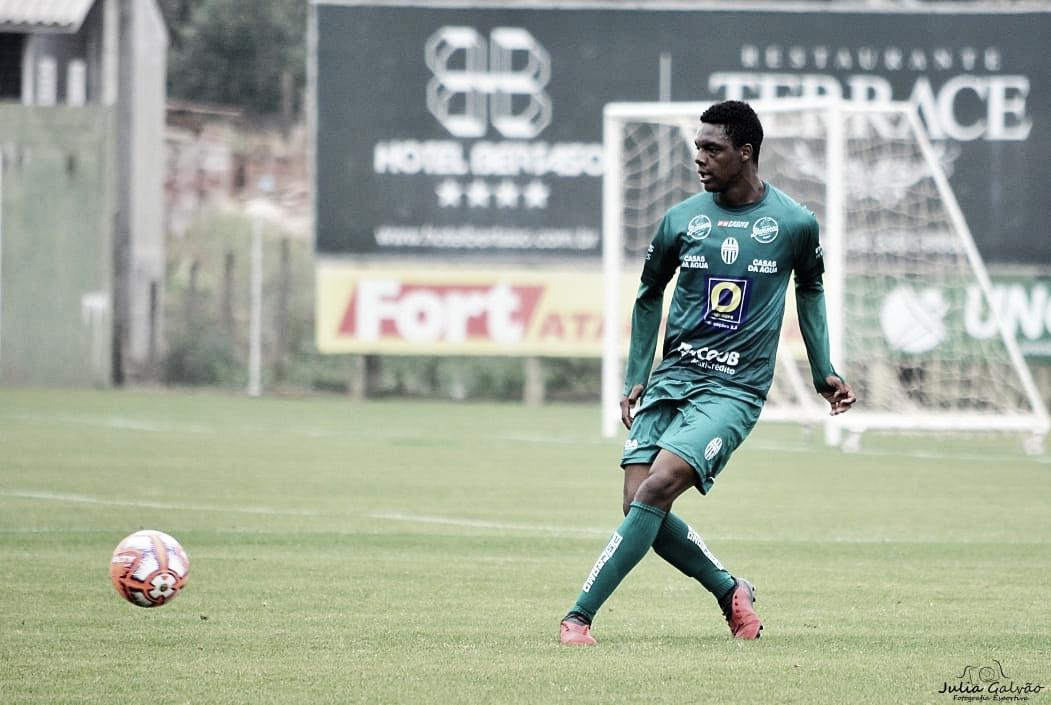 Zagueiro do Metropolitano acredita em classificação no Catarinense Sub-17