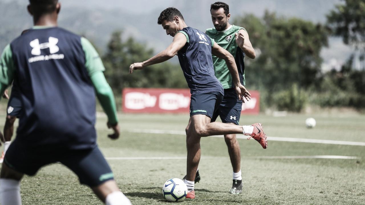 Marcão coloca Marcos Paulo na vaga de Ganso em treino do Fluminense