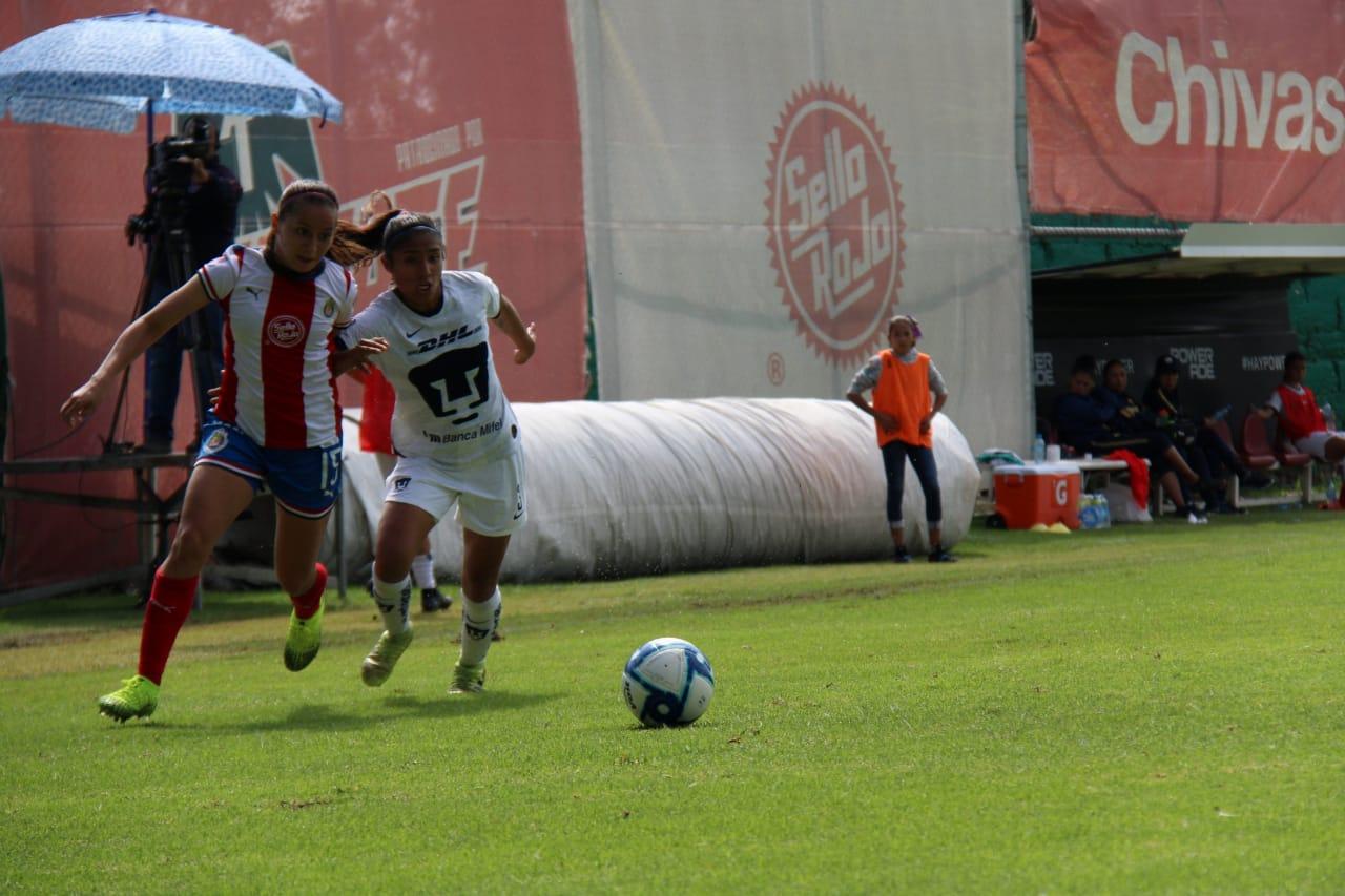 Chivas Femenil salva el empate ante Pumas, en Verde Valle