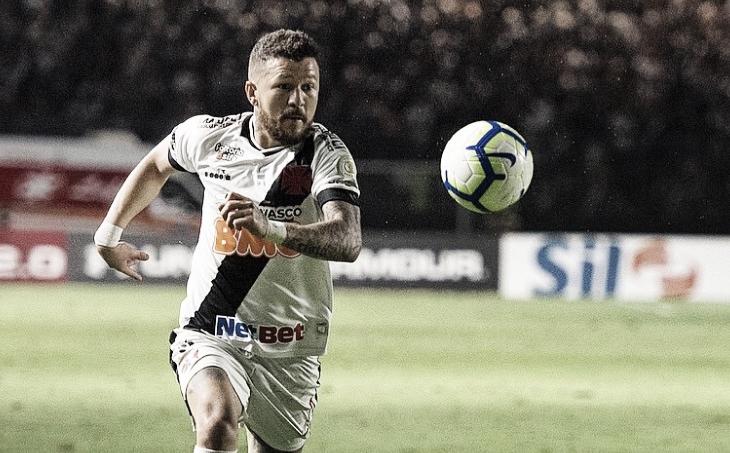 Vasco tem 17 atletas com contrato chegando ao fim: veja a situação de cada um deles