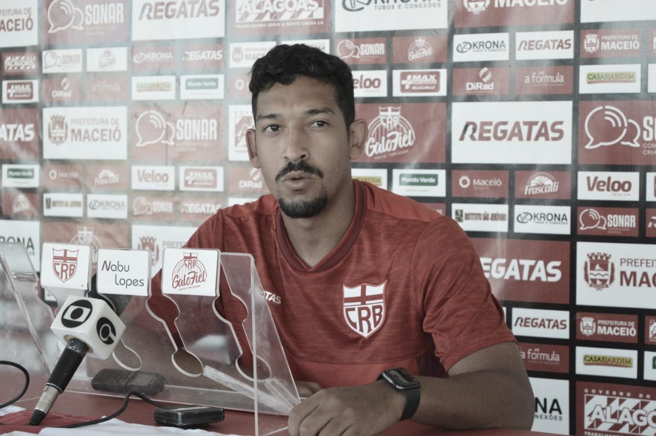 Novos laterais do CRB, Lucas Mendes e Léo Príncipe falam sobre expectativas no clube