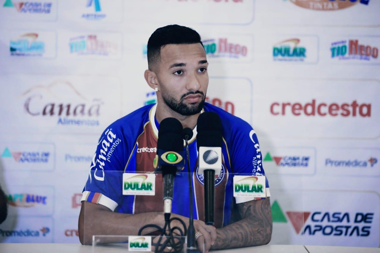 Clayson avalia dificuldades da Copa do Brasil e se diz confiante na preparação do Bahia