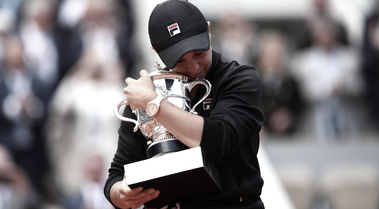 """Atual campeã de Roland Garros, Barty coloca segurança como prioridade: """"Existem coisas mais importantes que o tênis"""""""
