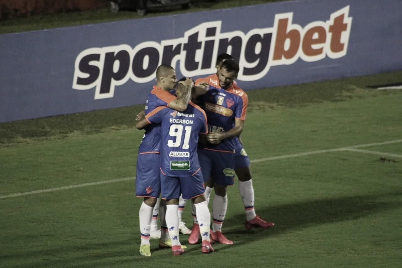 Fortaleza bate América-RN de virada e assume ponta do Grupo A na Copa do Nordeste