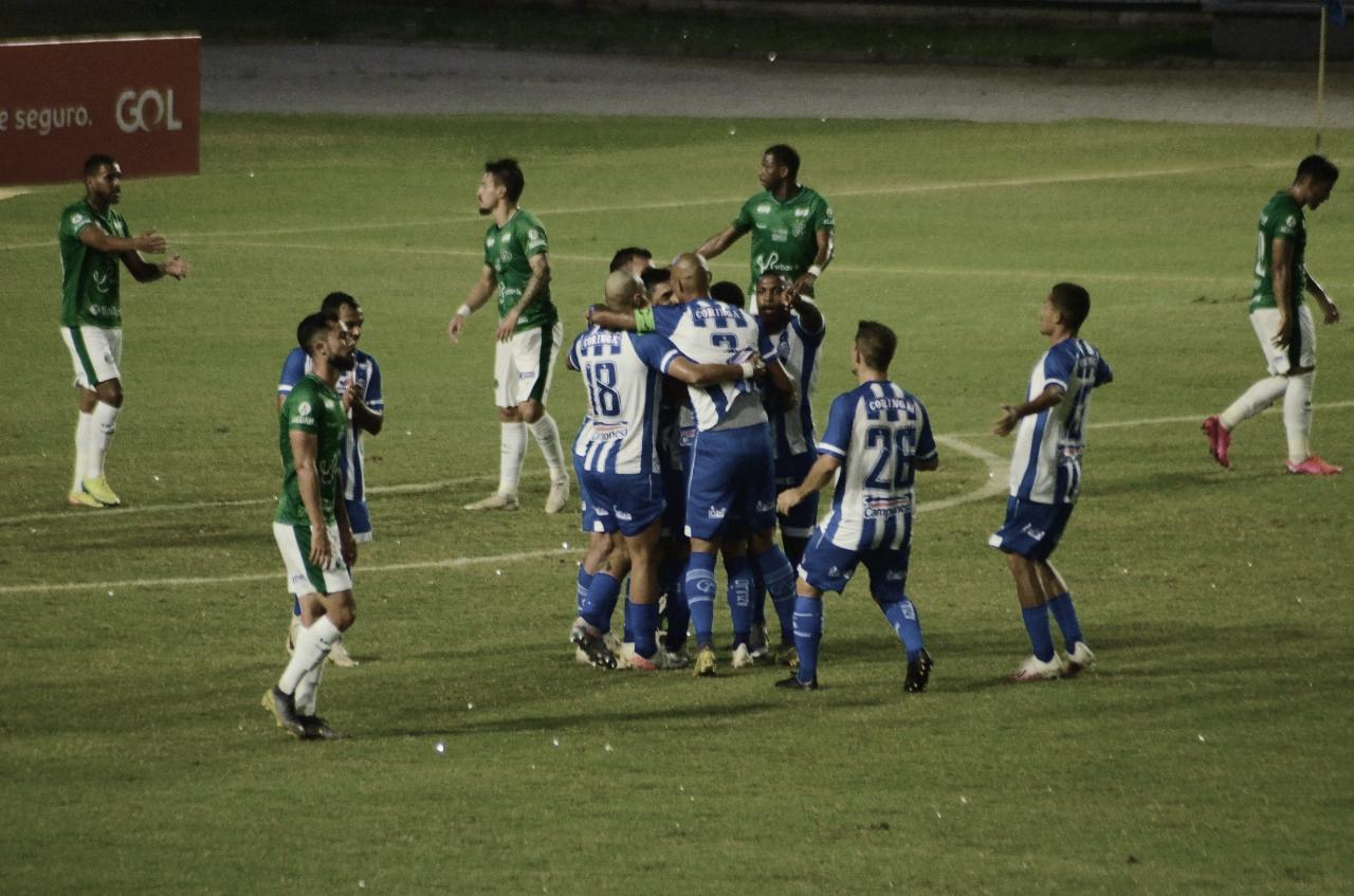 À base da superação, CSA 'estaciona ônibus' e vence Guarani na estreia da Serie B