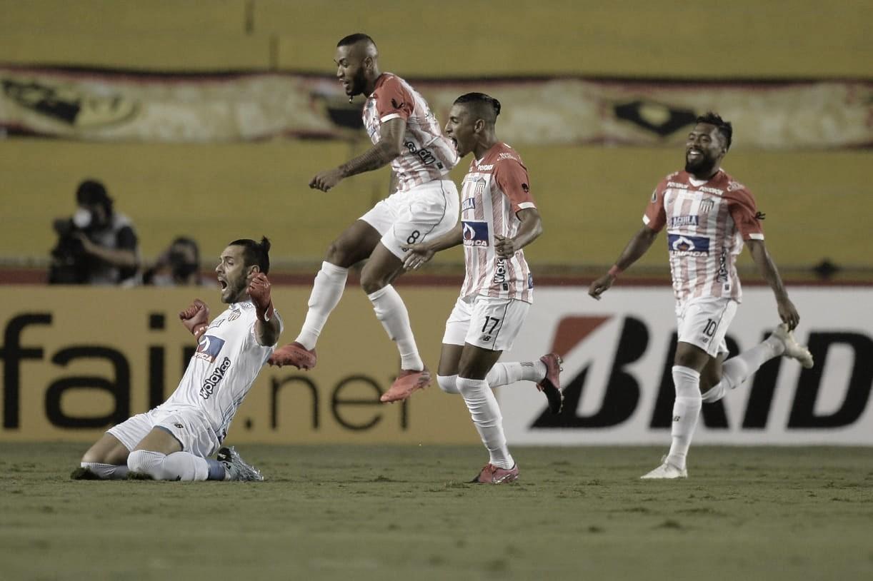Puntuaciones de la victoria de Junior de Barranquilla  contra Barcelona de Guayaquil