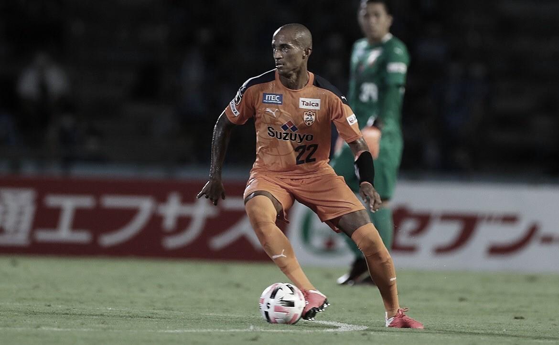 Ex-Palmeiras, Renato Augusto elogia entrega do Shimizu S-Pulse em vitória na J-League
