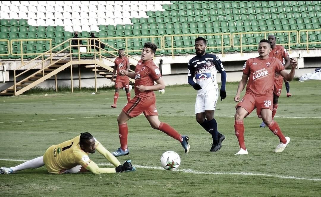 Pálido empate de Junior de Barranquilla en suelo Boyacense