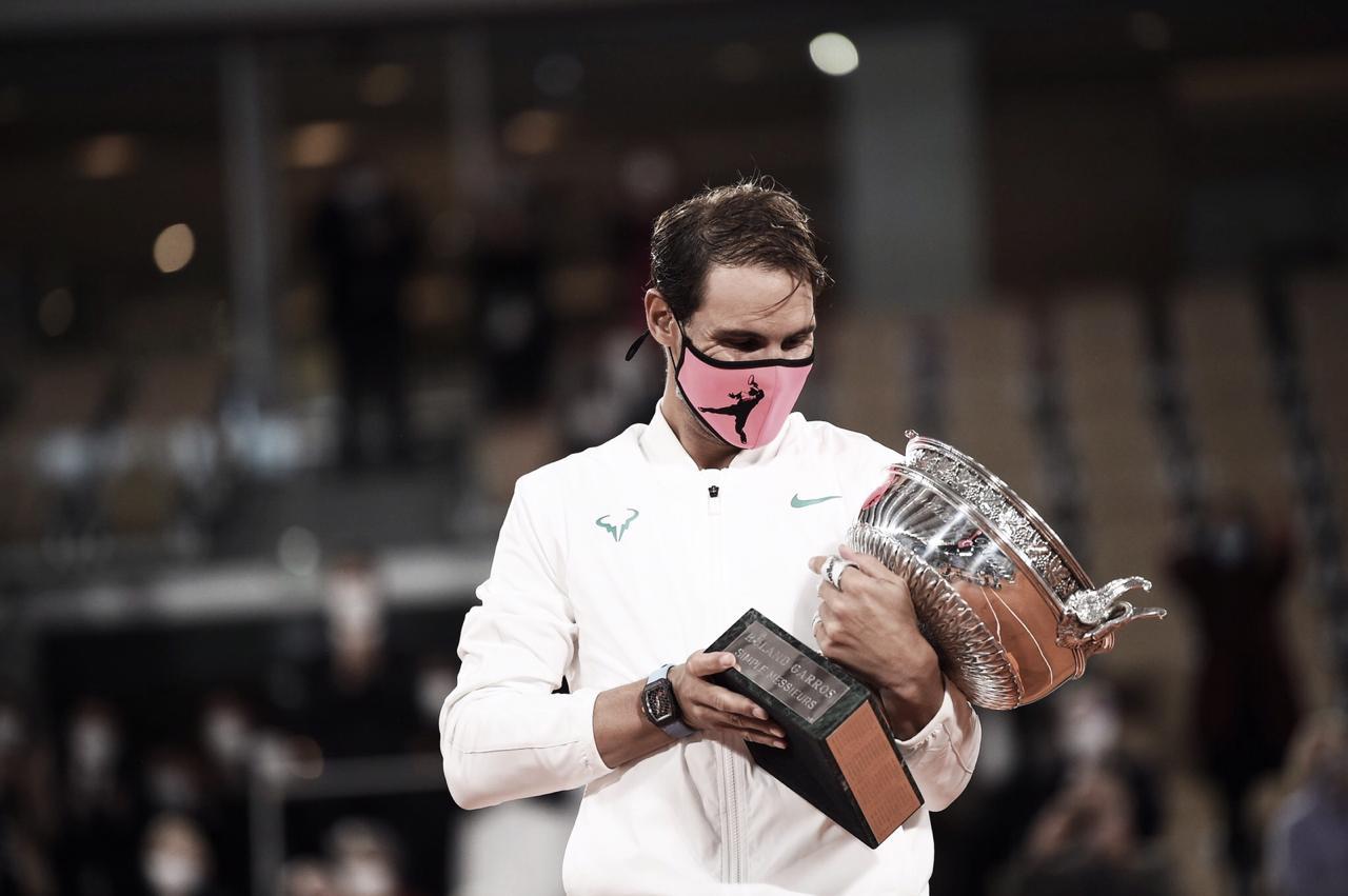 Sem perder sets, Nadal bate Djokovic e se consagra campeão de Roland Garros
