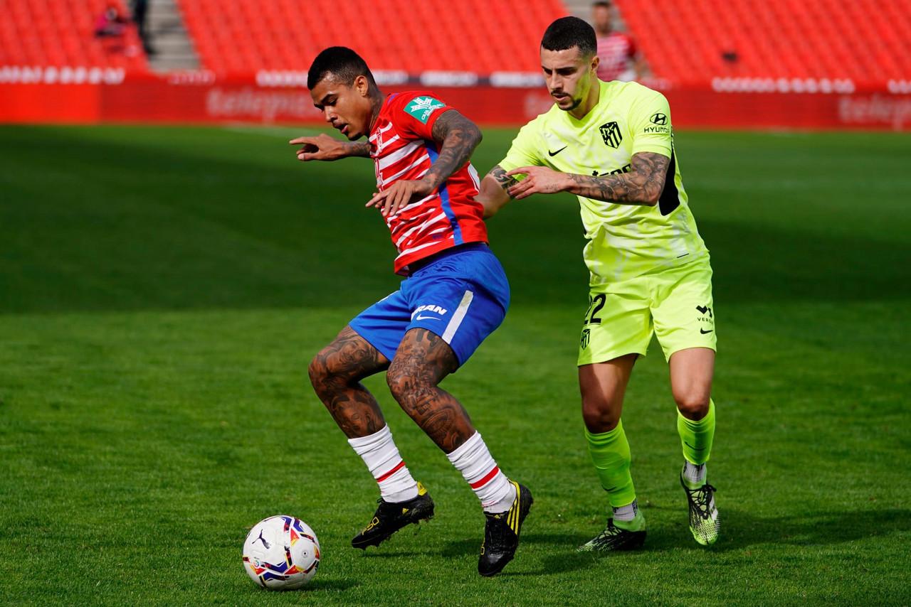 Kenedy deslumbra en el Granada CF