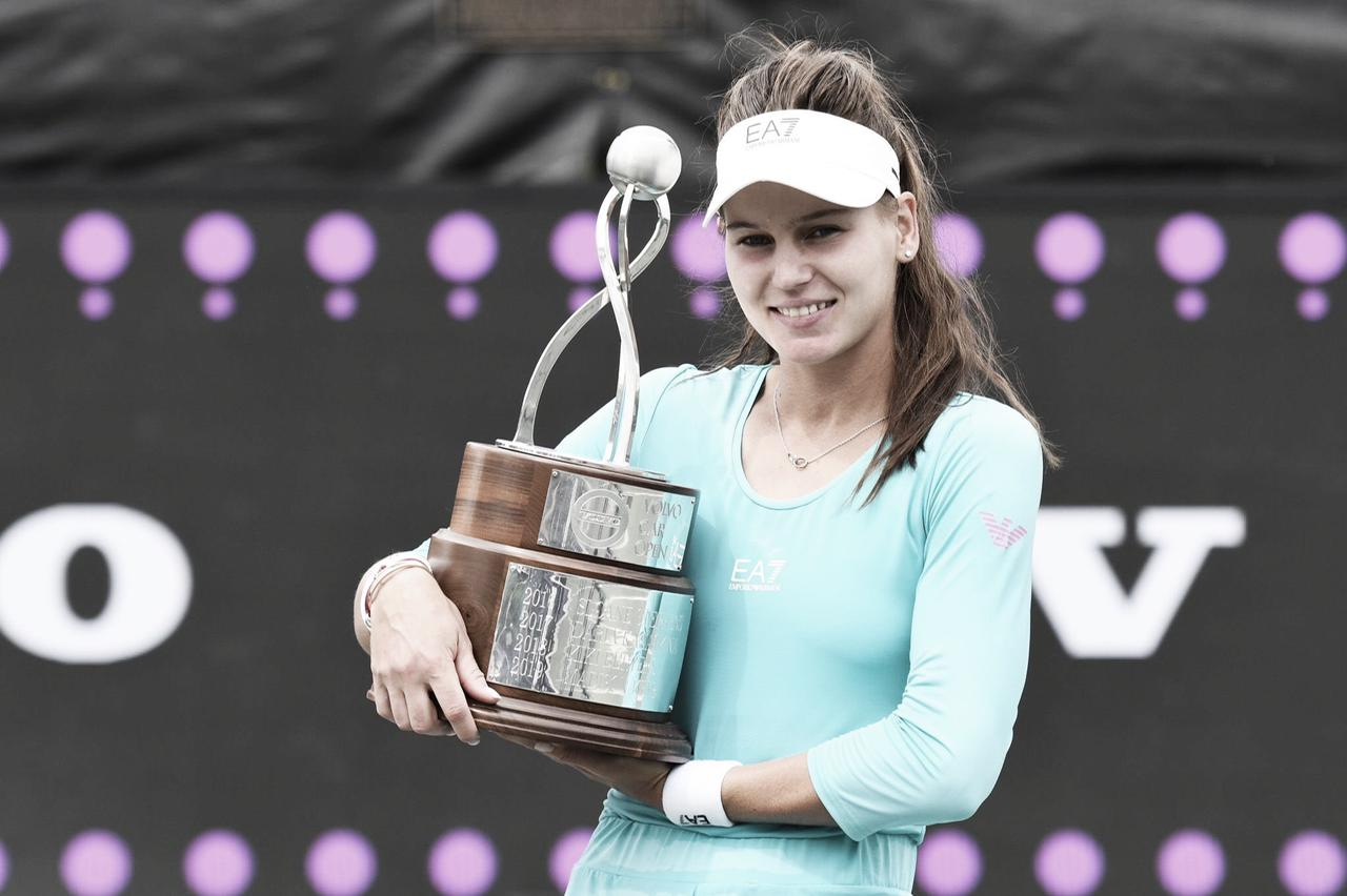 Kudermetova bate Kovinic no WTA 500 de Charleston e conquista primeiro título na carreira
