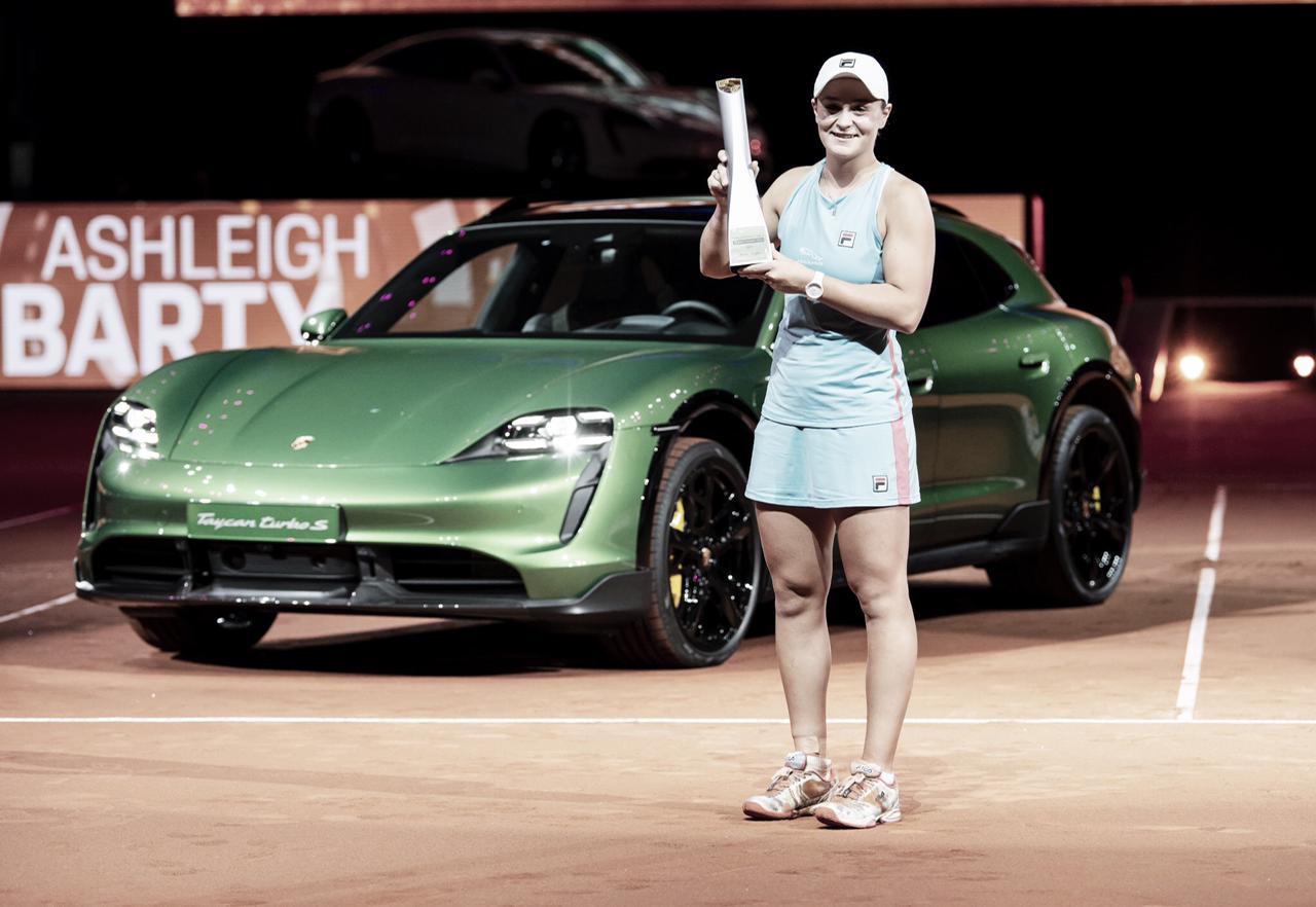 Barty sai atrás, mas supera Sabalenka e conquista WTA 500 de Stuttgart