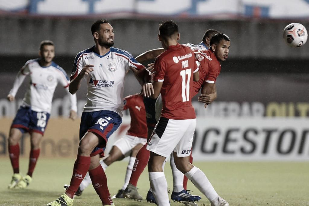 Bahia empata com Independiente e se complica na Sul-Americana