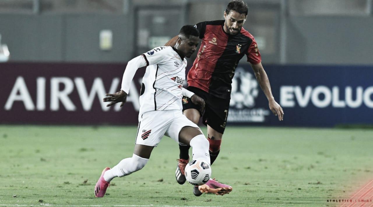 Athletico perde para o Melgar e permanece em segunda no grupo D da Sul-Americana
