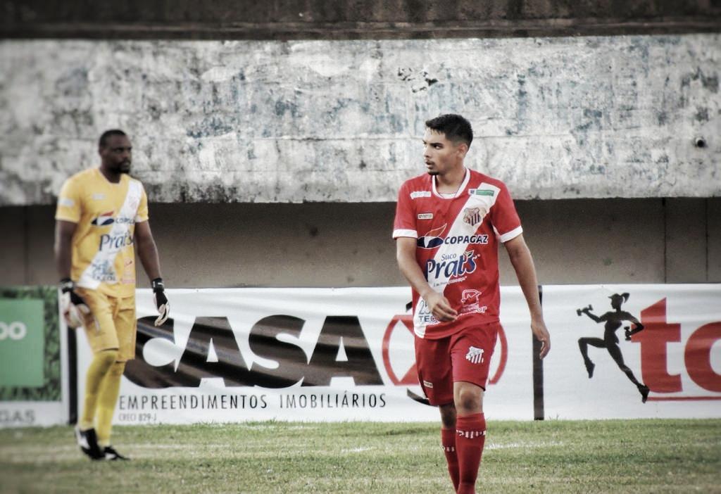 Após marcar um golaço, João Paulo comemora bom momento no EC Comercial
