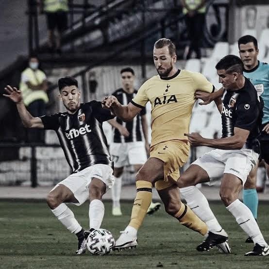Salinas faz temporada dos sonhos e ajuda Plovdiv a se classificar para Conference League