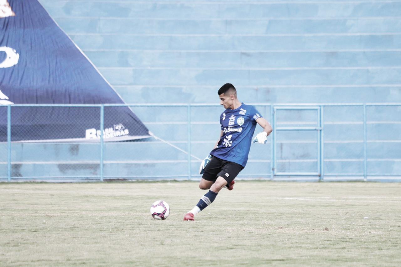 Gabriel Oliveira, do Nova Mutum, comemora boa vitória diante do Gama e projeta Clássico Estadual na próxima rodada