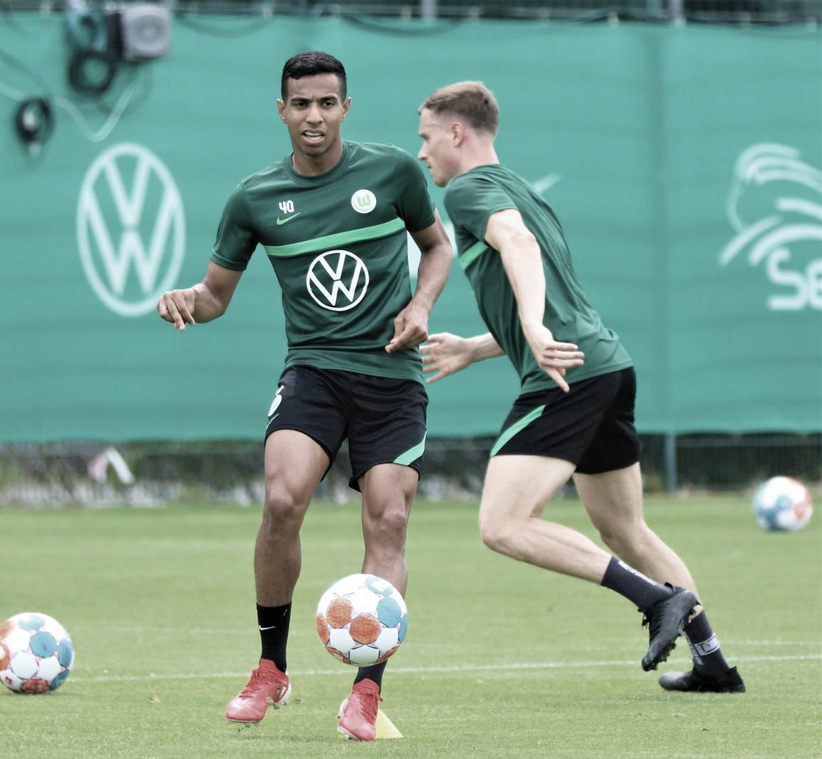 Victor Sá avalia preparação e projeta temporada do Wolfsburg