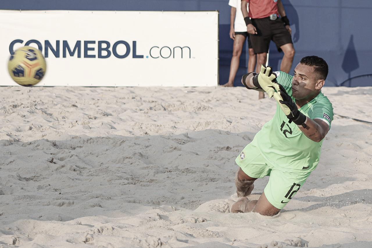 Rafa Padilha comemora convocação para Mundial de Beach Soccer