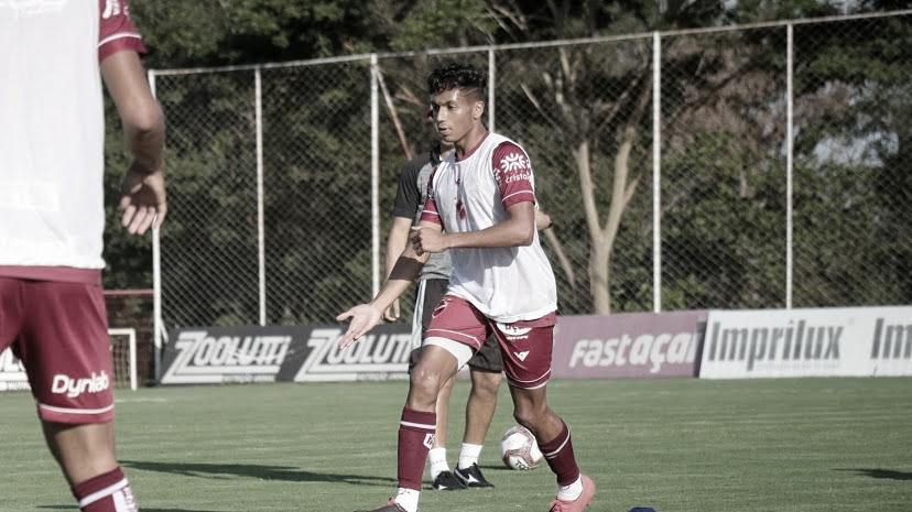 Felipe Trindade fala sobre expectativa de estrear pelo Vila Nova