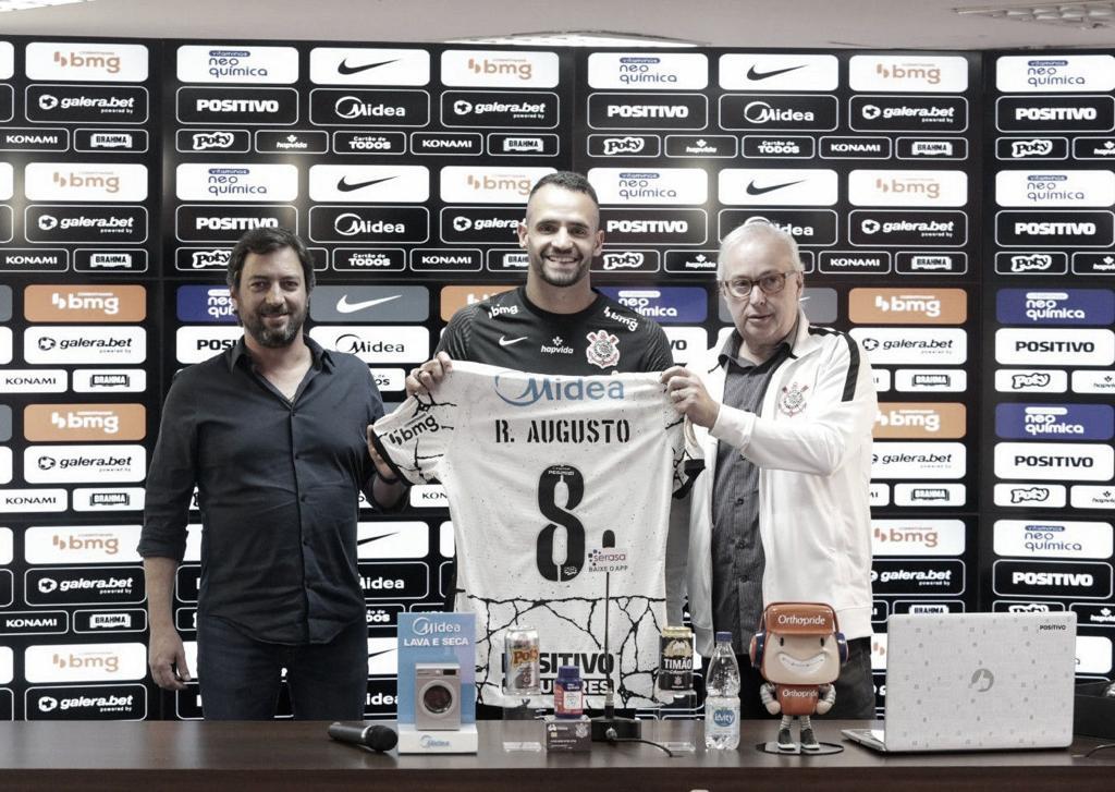 Em apresentação, Renato Augusto cita objetivo de 'buscar coisas grandes' pelo Corinthians