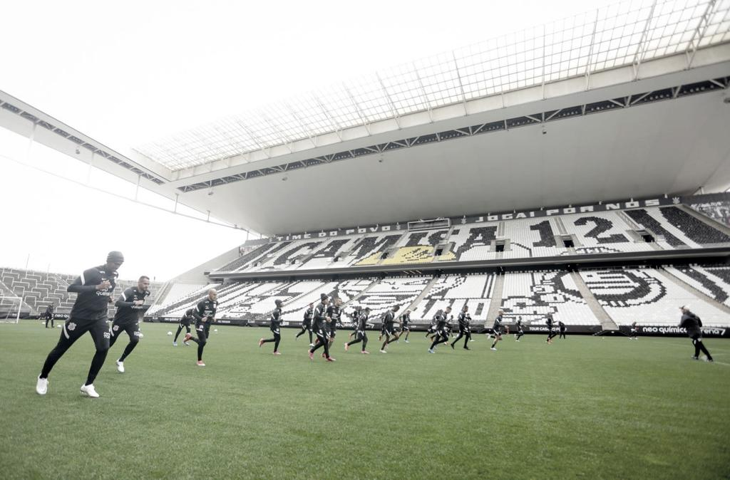 Corinthians volta a atrasar salários do elenco profissional