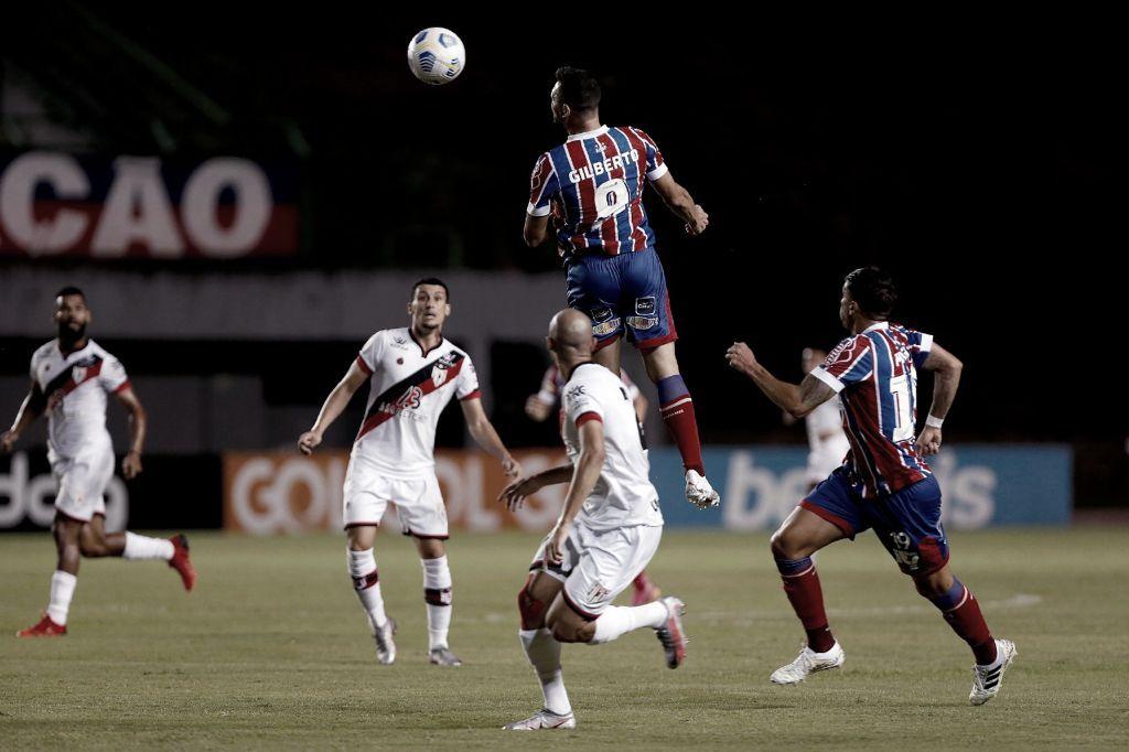 Atlético-GO sai atrás, mas busca virada e vence Bahia em Pituaçu