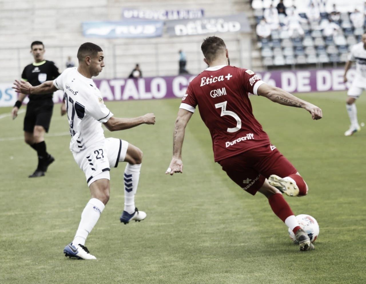 Huracán y Gimnasia (LP) empataron sin goles en el Bosque