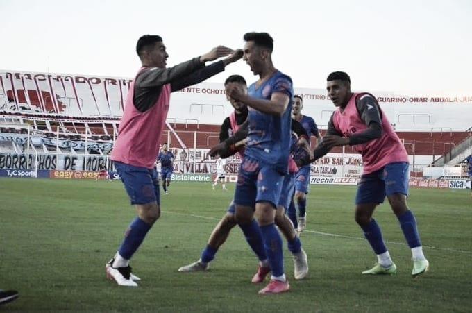 El 'Gallito' fue más 'guapo' y le ganó a Barracas Central en un partidazo en el Oeste