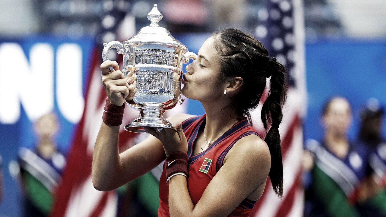 Sonho se torna realidade: qualifier Raducanu bate Fernandez e é campeã do US Open