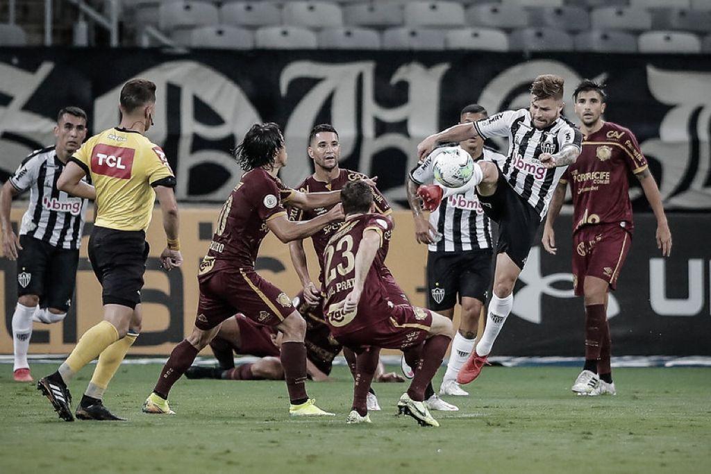 Atlético-MG recebe Sport no Mineirão em duelo de opostos