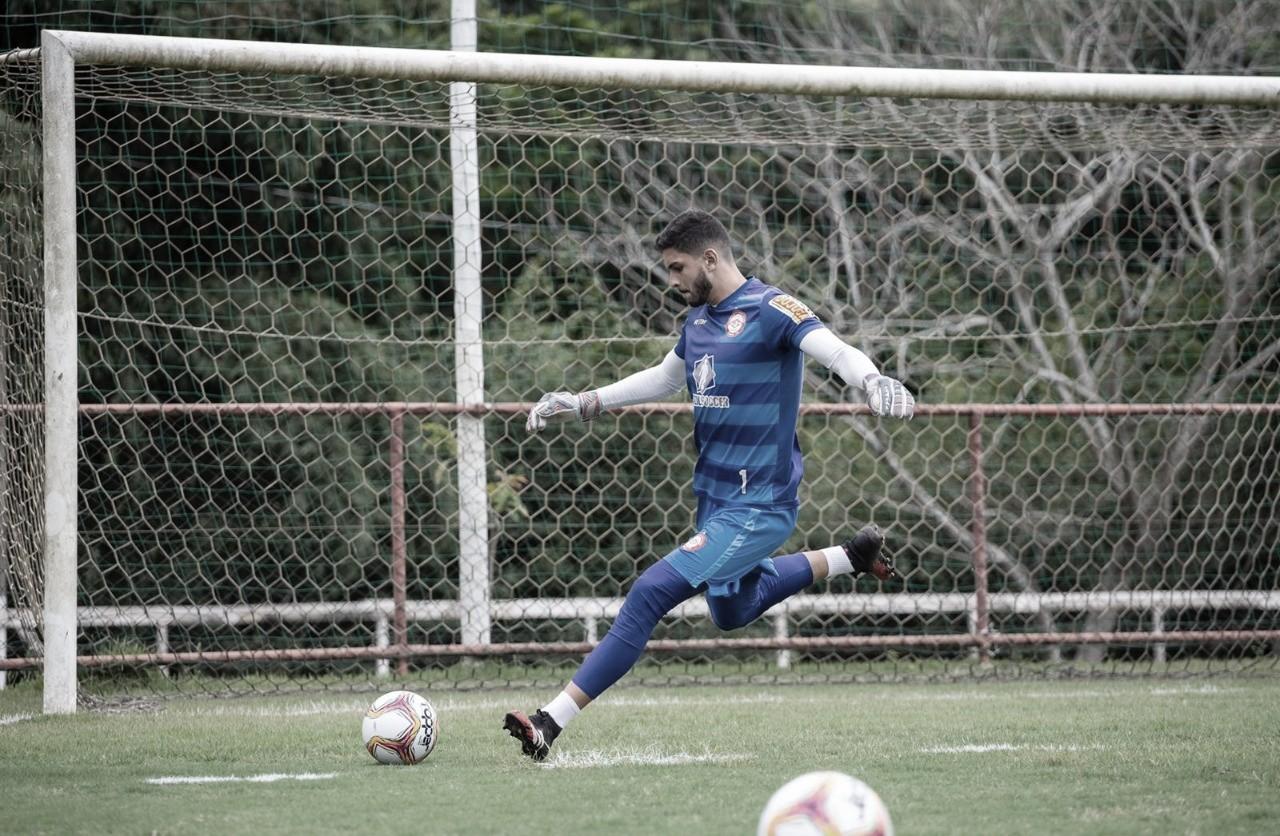 "Murillo comenta ansiedade para estreia na temporada pelo Tombense: ""Totalmente preparado"""