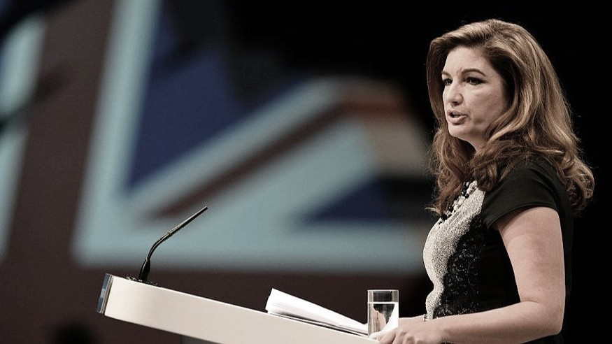 Vice-presidente do West Ham, Karren Brady defende anulação da Premier League
