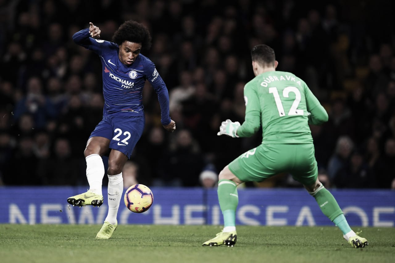 Willian faz lindo gol e Chelsea vence Newcastle na Premier League
