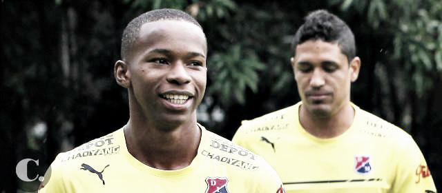 William Parra de menos a más en el juego ante Tolima