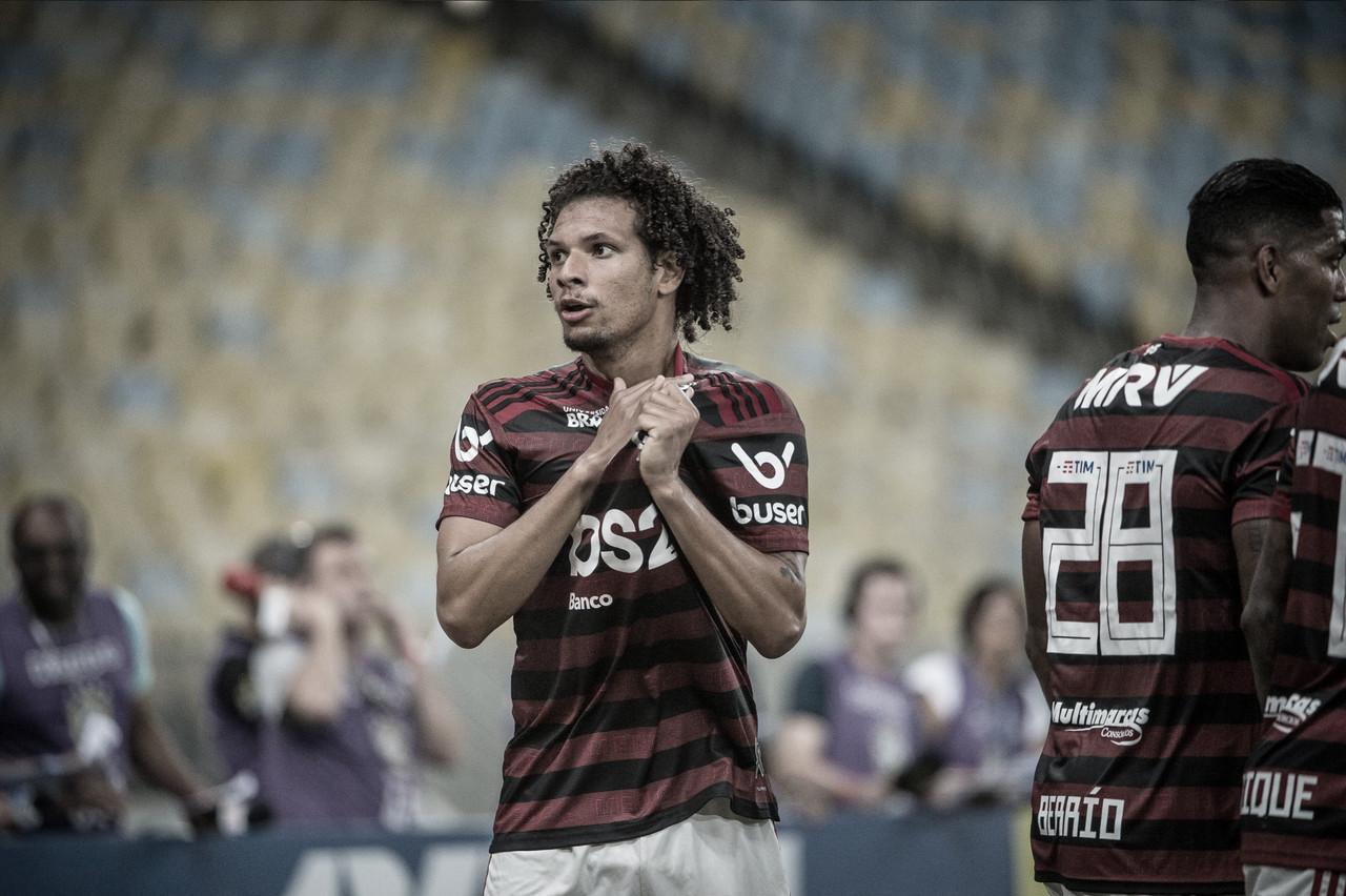 """Em grande fase, Willian Arão comenta saída de Cuéllar e elogia Flamengo: """"Time está encaixado"""""""