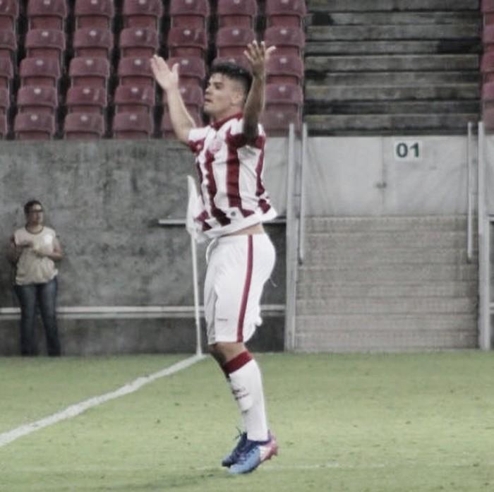 Escalado de última hora, Willian Gaúcho tem noite iluminada e dá vitória ao Náutico