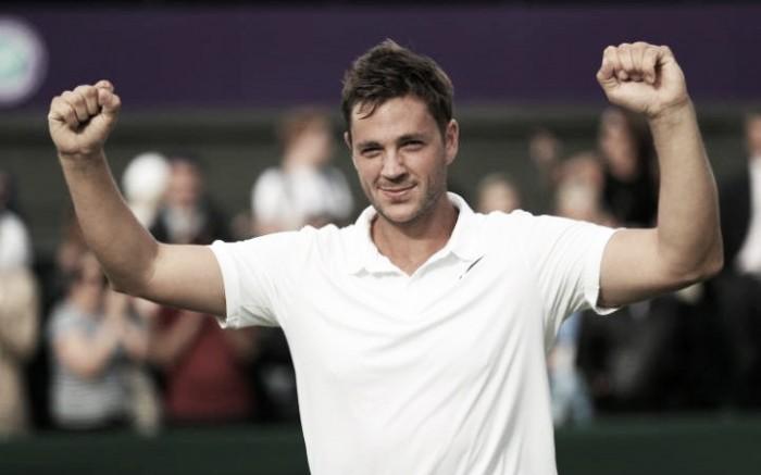 Wimbledon 2016: British qualifier Willis stuns Berankis to set up Federer tie