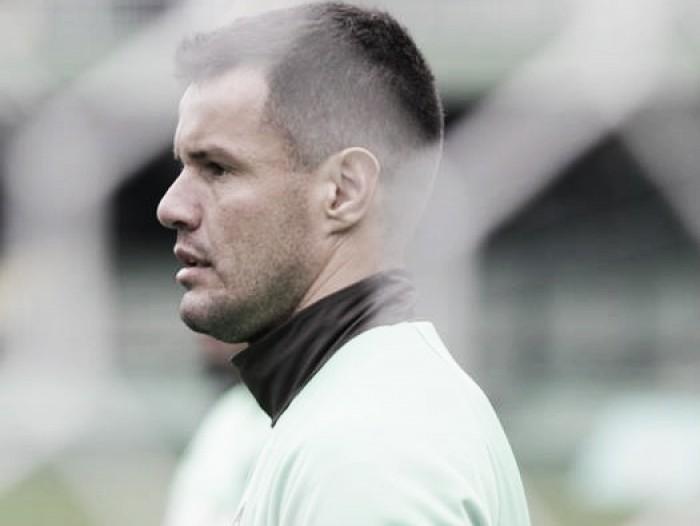 """Wilson cita bobeira em segundo gol do Cruzeiro e lamenta: """"Fica um gosto amargo"""""""
