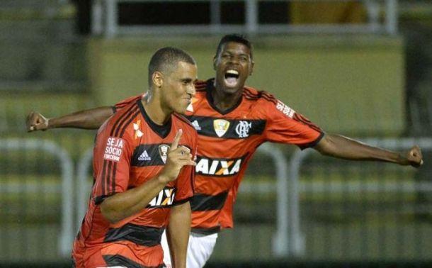 Welinton marca mais uma vez e Flamengo vence o Volta Redonda