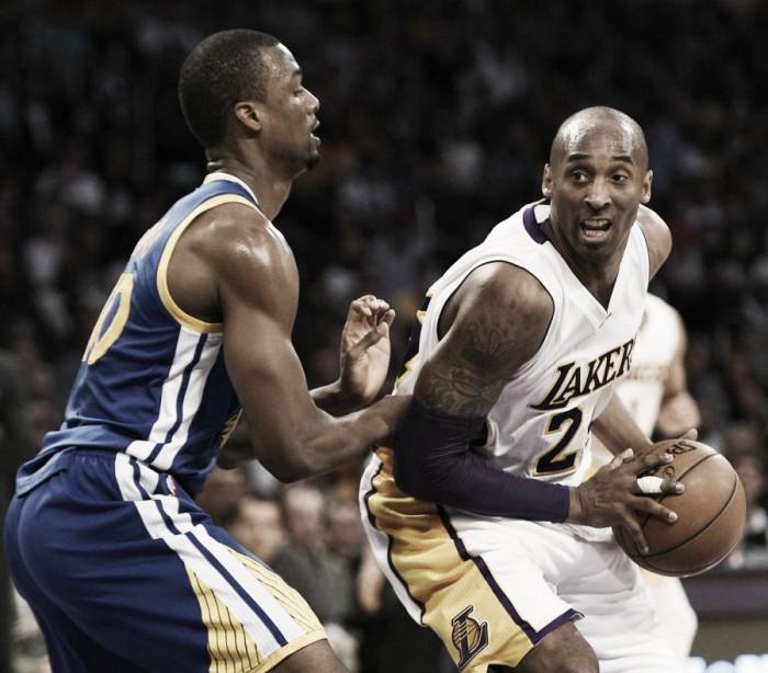 Lakers y Warriors con roles invertidos