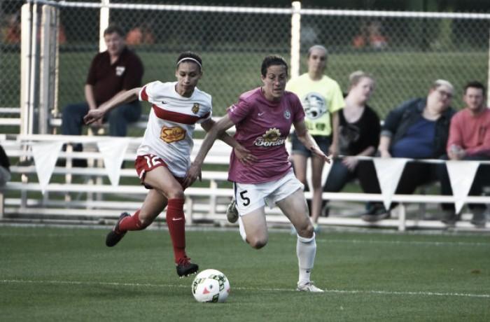 Western New York Flash take on FC Kansas City
